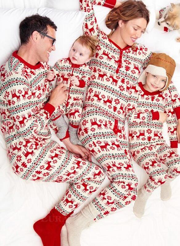 Ren De Familie Pijamale De Crăciun