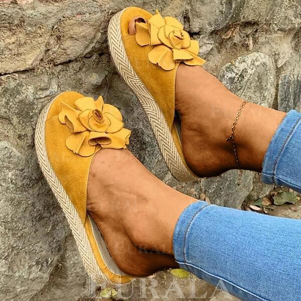 Mulheres Camurça Sem salto Sandálias Sem salto Peep toe Chinelos com Flor sapatos