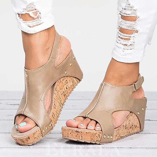 Mulheres Couro Plataforma Sandálias Bombas Peep toe Sapatos abertos com Rivet sapatos