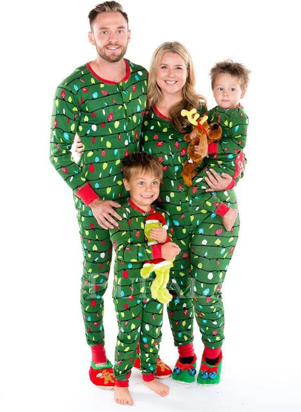 Baskı Aile Eşleşen Noel Pijamaları