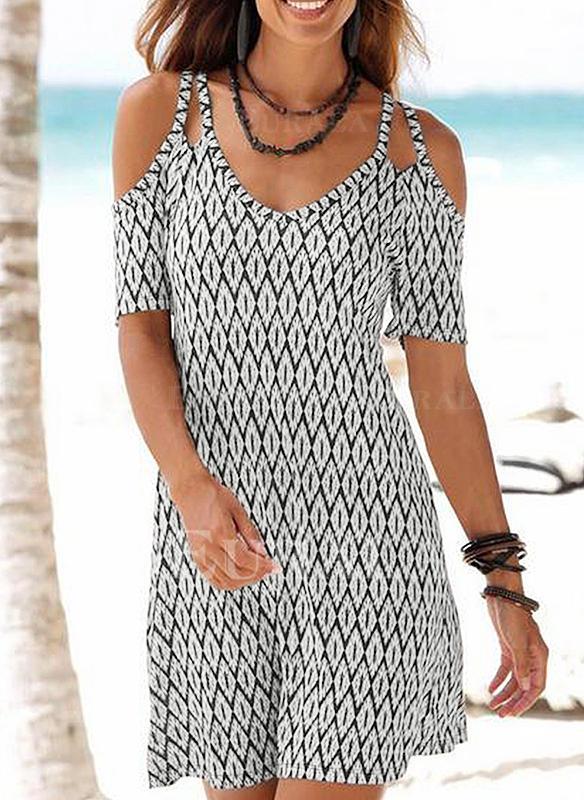 Estampado Geométrico Top sin hombros Acampanado Sobre la Rodilla Casual/Bohemio/Vacaciones Vestidos
