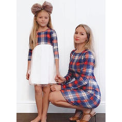 Anne ve ben Plaid uygun Elbiseler