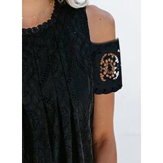 Jednolity Koronka Odkryte ramię Krótkie rękawy Casual Bluzki