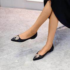 Frauen Satin Flascher Absatz mit Perlstickerei Schuhe