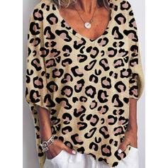Leopardo Decote em V Manga 3/4 Casual Camisetas