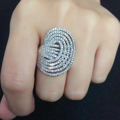 Luminoso Zircon com Zircon Mulheres Anéis Moda (Vendido em uma única peça)