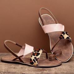 Mulheres Couro Sem salto Sandálias Sem salto Peep toe Anel de dedo do pé com Divisão separada sapatos
