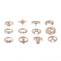 Eksotisk Legering Ringer (Sett av 12 par)