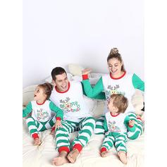 Geyik Çizgili Karikatür Aile Eşleşen Noel Pijamaları Pijama