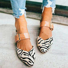 Women's PU Chunky Heel Flats Closed Toe With Buckle Animal Print shoes