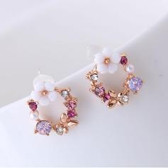 En forma de flor Aleación Diamantes de imitación con Rhinestone De mujer Pendientes (Juego de 2)