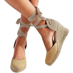 Kvinnor PU Kilklack Stängt Toe med Bandage skor