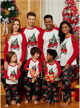 Letter Cartoon Print Familie matchende Jule Pyjamas