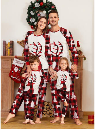 Ren Geyiği Plaid Aile Eşleşen Noel Pijamaları