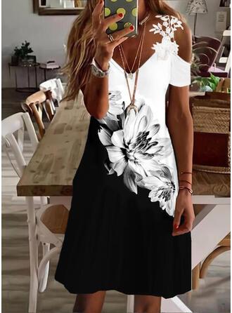 Imprimeu/Floral/Renkli klişe Dantel Mâneci Scurte Soğuk omuz kılıfı Bir Çizgi Deasupra Genunchiului gündelik/Tatil Patenci Elbiseler