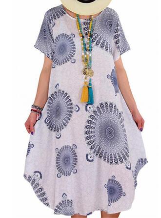 Plus Size Print Short Sleeves Shift Midi Casual Dress