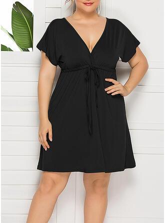 Tallas Grande Sólido Manga Corta Vestido línea A Sobre la Rodilla Casual Pequeños Negros Vestido