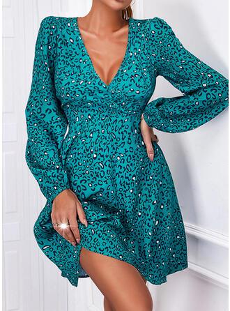 Imprimeu/leopar Mâneci Lungi Puff manşonuna Bir Çizgi Deasupra Genunchiului gündelik Patenci Elbiseler