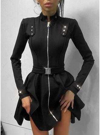 Sólido Manga Larga Acampanado Sobre la Rodilla Pequeños Negros/Elegante Patinador Vestidos