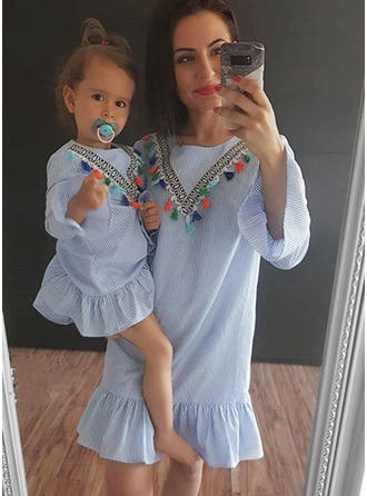 Mãe e eu Listra Vestidos