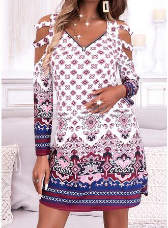 Imprimeu Mâneci Lungi Soğuk omuz kılıfı Shift Elbiseleri Deasupra Genunchiului gündelik/Boho Tunică Elbiseler