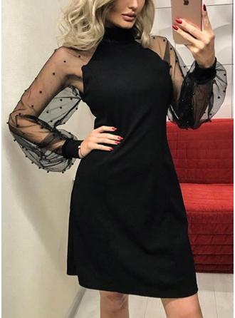 Couleur Unie Manches Longues Trapèze Au-dessus Du Genou Vintage/Petites Robes Noires/Décontractée/Fête/Élégante Robes