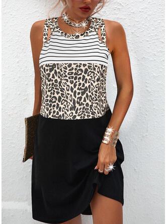 Цветной блок/леопард безрукавный Прямые платья Длина колена Повседневная Платья