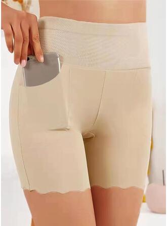 Sólido Por encima de la rodilla Casual Tallas Grande Bolsillo Pantalones cortos Polainas
