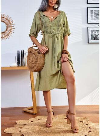 Solid Mâneci la Jumătate Bir Çizgi Până la Genunchi gündelik Patenci Elbiseler