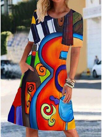 С коротким рукавом Прямые платья Длина колена Повседневная китель Платья