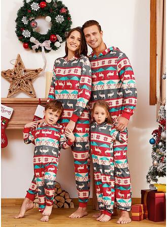 Ren Geyiği Baskı Aile Eşleşen Noel Pijamaları